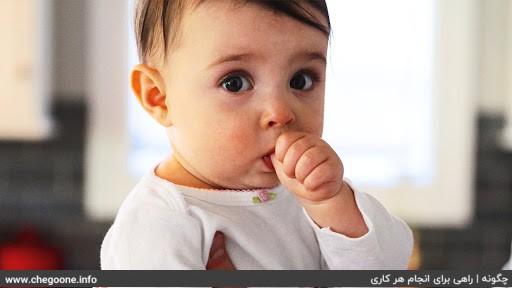 چگونه عادت مکیدن انگشت کودکانمان را ترک دهیم